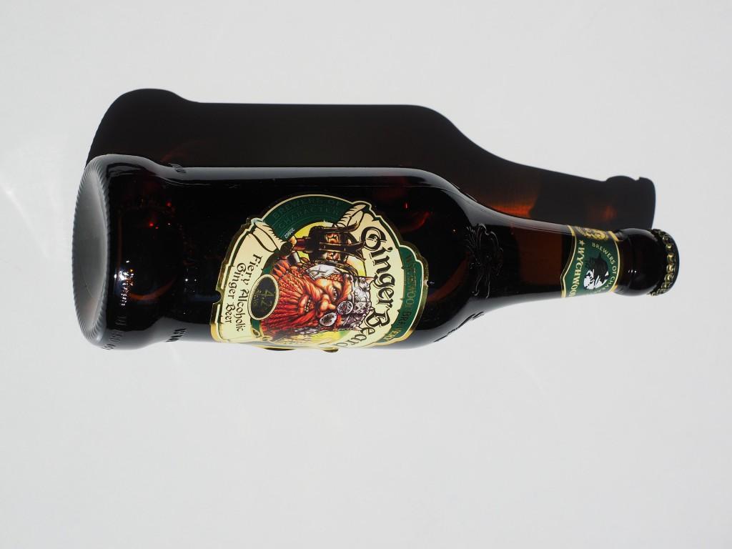 Ein alkoholisches Ginger Beer der Marke Ginger Beard.